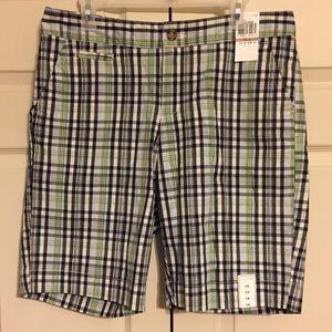 Docker shorts size 12